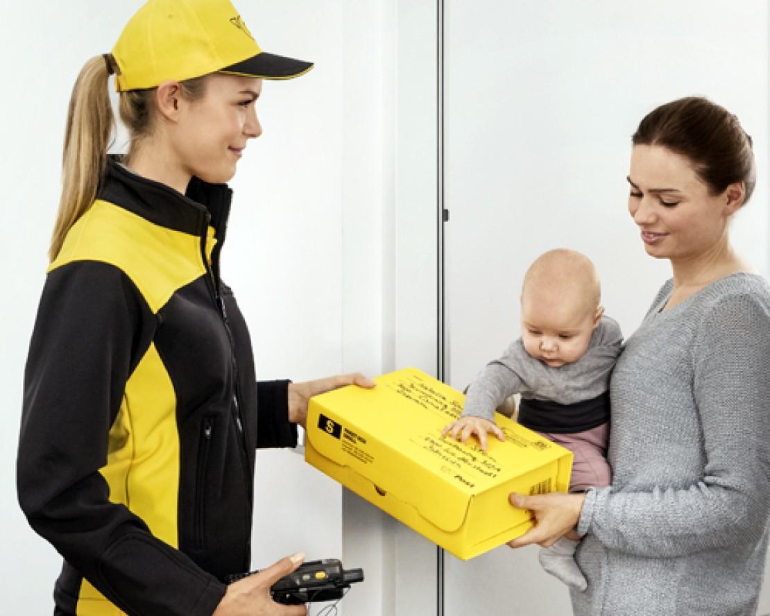 Zustellung wertversichertes Paket, © Christian Stemper für Österreichische Post AG